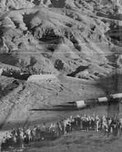Photo: This photo shows the orchestra on the hill in the background, the wagons of the Pageant in the middle and the overflow crowd standing on the hillside in the foreground.
