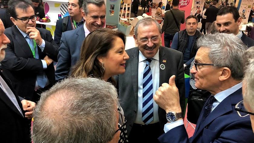 Crespo con los responsables de interprofesionales europeas