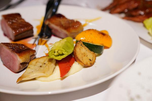 Bagel Bagel cafe bar|尾牙包場|公司聚餐|中山區美食|