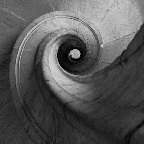 Upward spiral. by Miguel Silva - Abstract Patterns ( pwccurves )