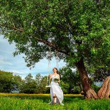 Wedding photographer Elena Metelica (ELENANDROMA). Photo of 04.06.2017