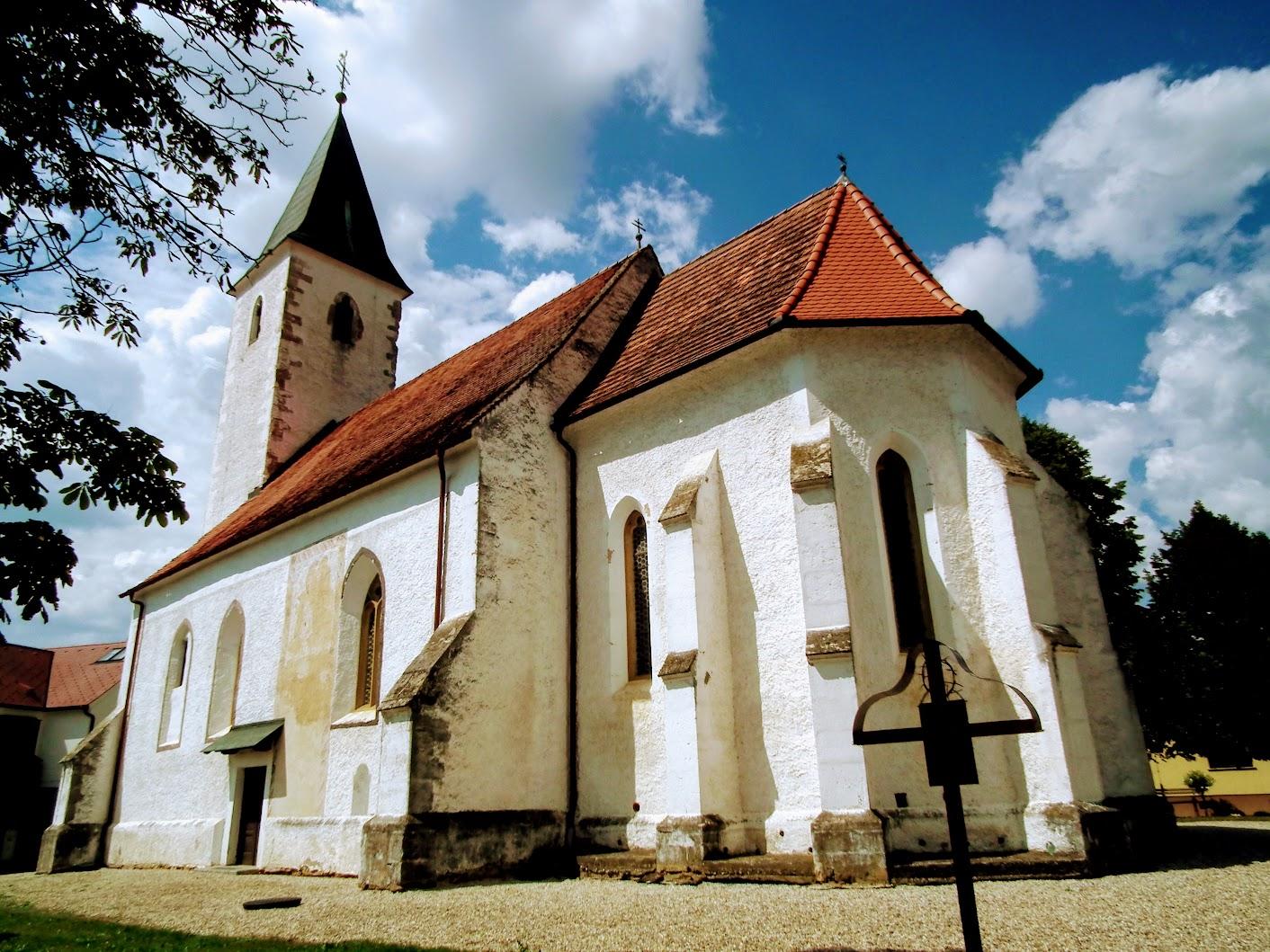 Martjanci (Mártonhely) - cerkev sv. Martina (Szent Márton rk. templom)