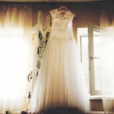 Wedding photographer Valentin Koshutin (sector7). Photo of 18.08.2014