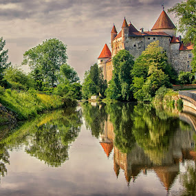 Castle, Upper Austria. by Graeme Hunter - Uncategorized All Uncategorized