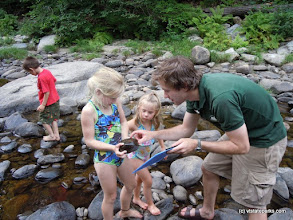 Photo: Naturalist and kids at Jamaica State Park