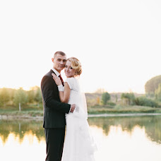 Wedding photographer Roman Anschuk (RomAnschuk). Photo of 19.11.2015