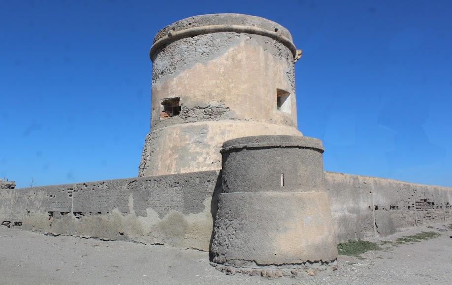 Parque Natural Cabo de Gata-Níjar, Torreón de la playa de las Salinas.