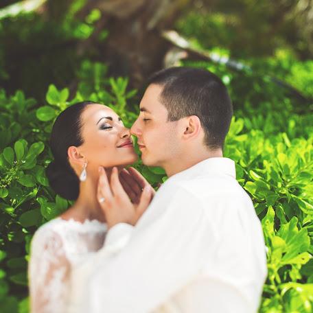 Fotógrafo de bodas Anastasiya Cheko (asyavolkova). Foto del 18.06.2015
