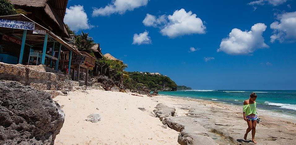 Pantai Bingin Bali pantai tersembuni