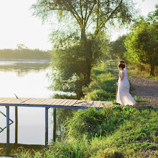 Wedding photographer Anna Rozhnova (AnnRozh). Photo of 11.04.2017