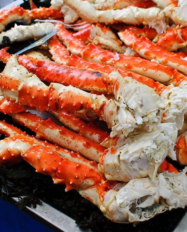 Remove insert with crab legs; rinse crab with cold water to cool; place on...