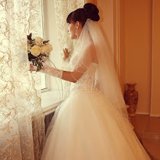 Wedding photographer Valentina Dmitrieva (Valdi). Photo of 12.03.2013