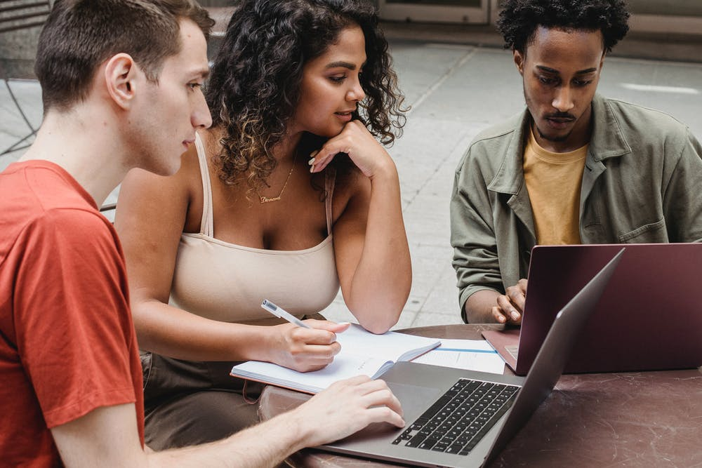 Học tiếng Anh là học những gì | ELSA Speak