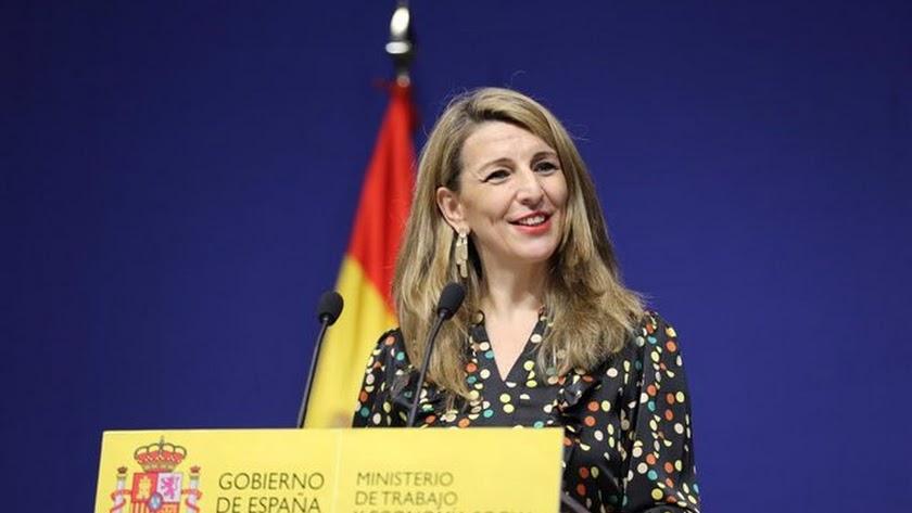 Díaz continuará como ministra de Trabajo.
