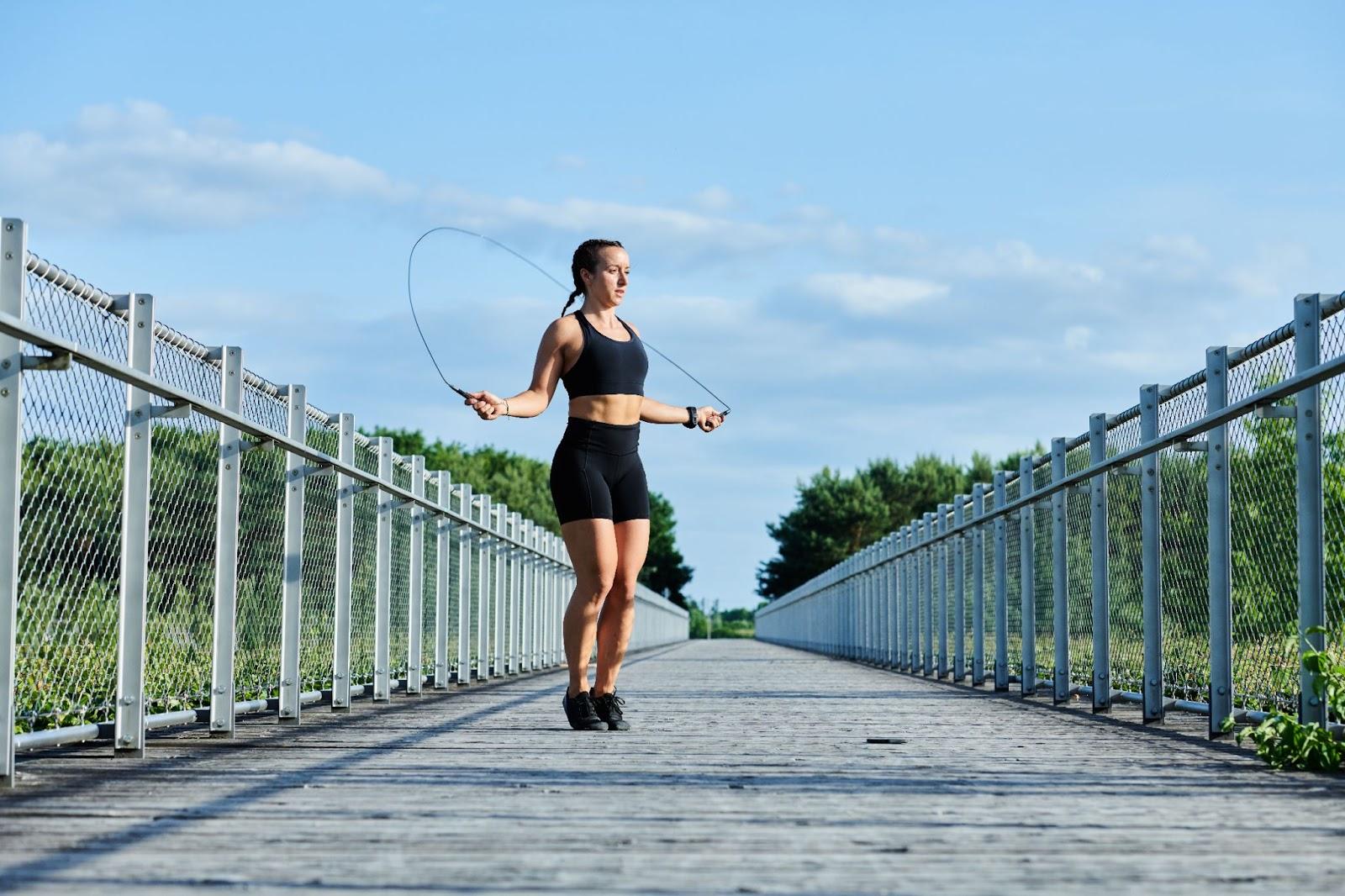 5 maneiras diferentes de aproveitar ambientes externos e treinar ao ar livre
