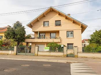 Maison 14 pièces 248 m2
