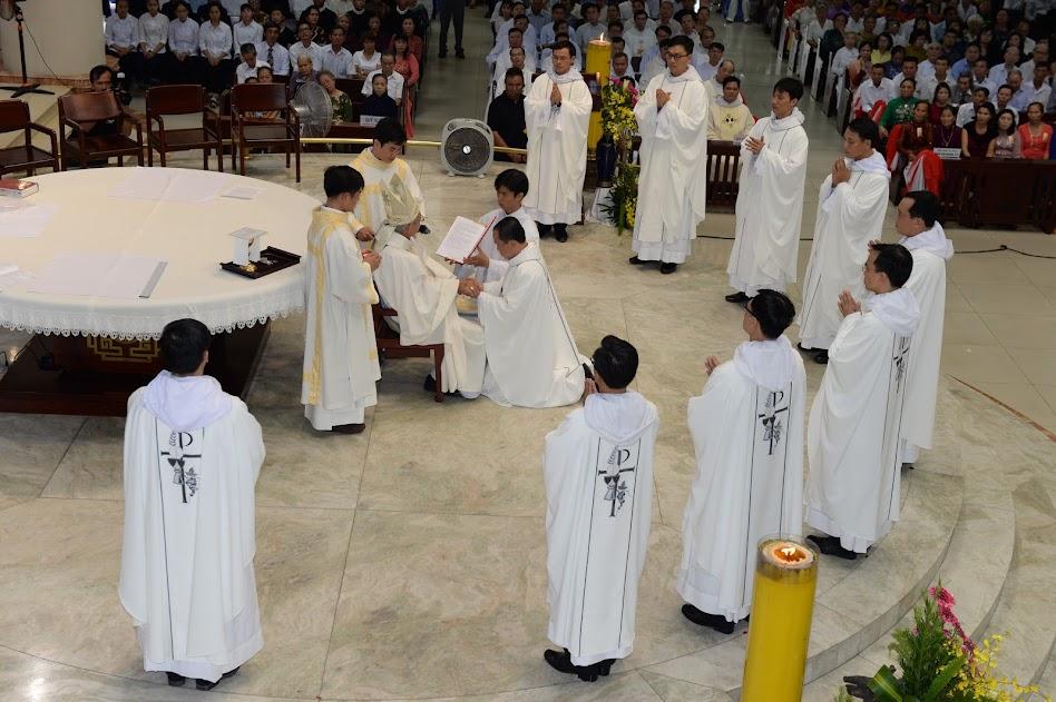 Thánh lễ Trao tác vụ linh mục Dòng Đa Minh 04.8.2018