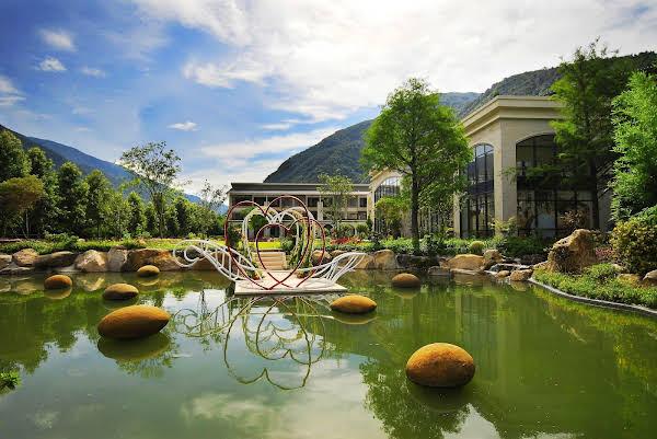 Tai-Yi Red Maple Resort