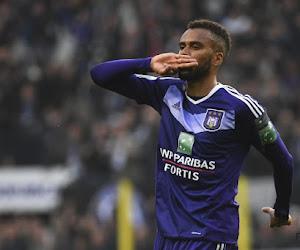 Anderlecht verwelkomt jarige spits terug op training, Kompany wil hem houden