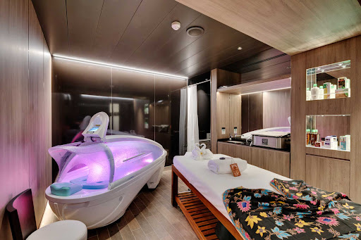 msc-seaside-spa.jpg - The MSC Aurea Spa features a massage cabin and accompanying Thalassotherapy pool on MSC Seaside.