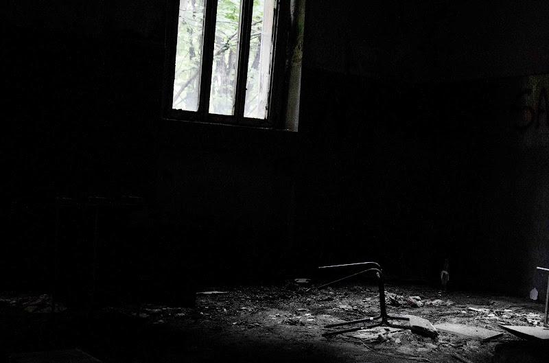 Luce ed ombra di Elena Sbrogiò