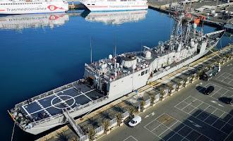 La fragata Santa María en el Puerto de Almería
