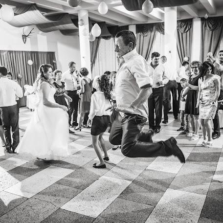Wedding photographer Adrian Craciunescul (craciunescul). Photo of 12.09.2017