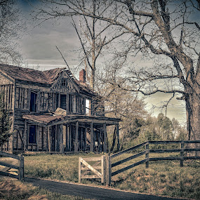 Lost Dreams by Don Kuhnle - Buildings & Architecture Decaying & Abandoned ( countryside, farmhouse, derelict, virginia, fredericksburg, house, spotsylvania )