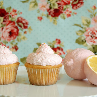 Pink Lemonade Frosted Cupcakes