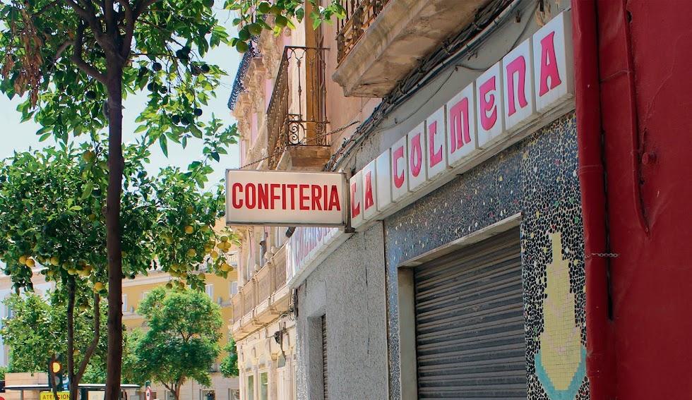 Confitería \'La Colmena\'.