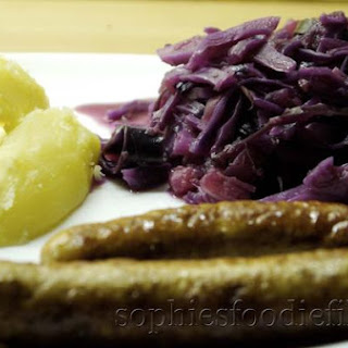 Sophie's Gingered Braised Red Cabbage With Apples & Cinnamon