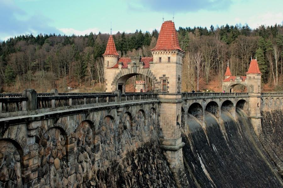 by Zdeněk Cerman - Buildings & Architecture Bridges & Suspended Structures