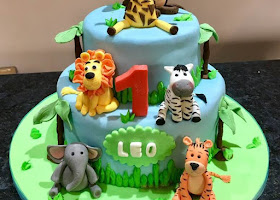 Baby's 1st zoo animal cake