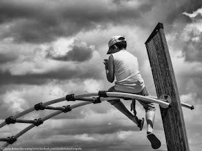 Photo: © Cláudia Batista, Sky texting