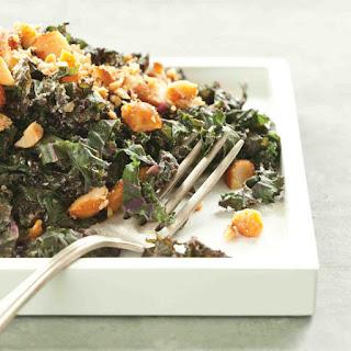Kale Recipe with Honeyed Macadamia Nuts