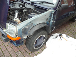 Photo: With the Renault 5 Campus wing removed