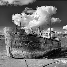by David Bevan - Transportation Boats