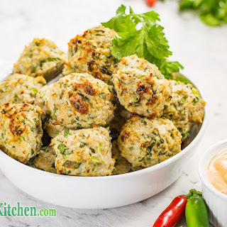 Low Carb Thai Chicken Meatballs with Dipping Sauce.