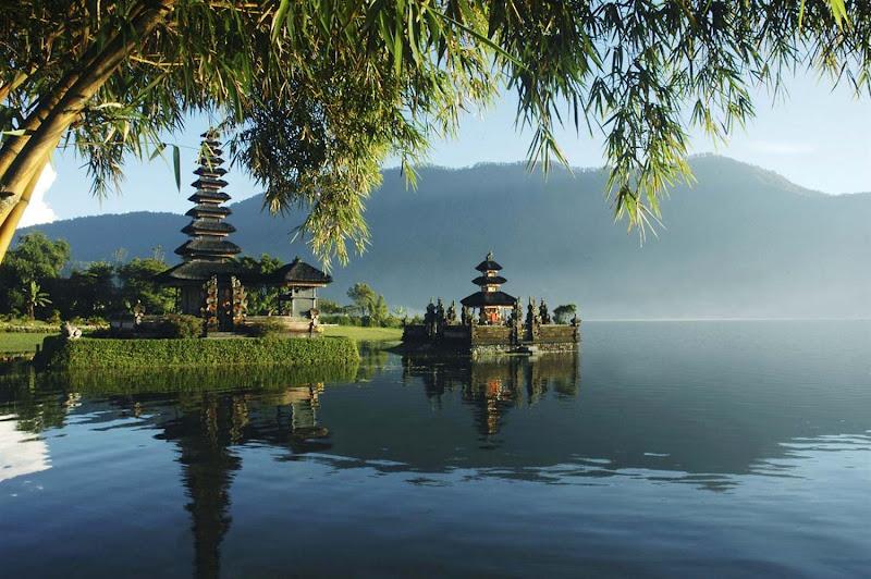 The Pura Ulun Danu Bratan water temple on the shores of Lake Bratan in the mountains near Bedugul on Bali, Indonesia.