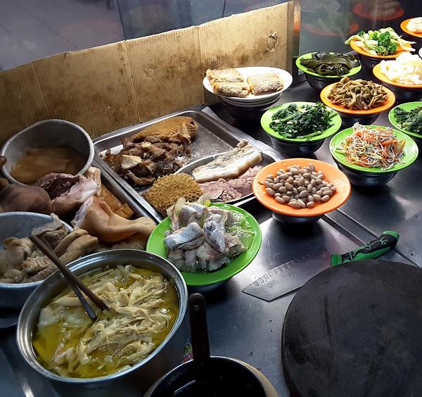 日興牛肉麵店