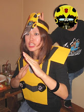 Photo: The Boy Plays a Trick on Bumblebee (Hotsumi) at Ola Tacos Bar, in Shinsaibashi, Osaka