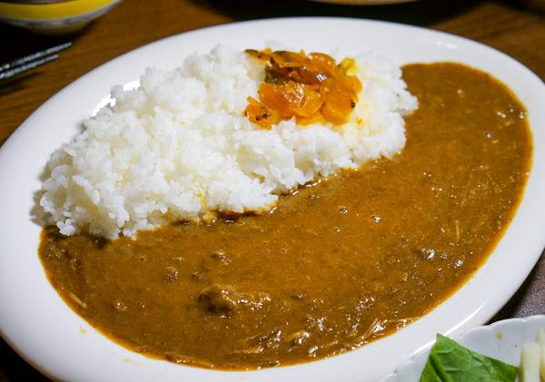 一盤入魂牛肉咖哩飯X日本人也哈的口味-熊日式居酒屋