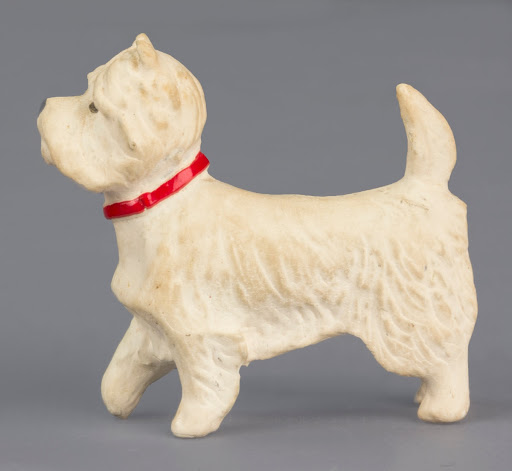 Figure, animal:Miniature Dog Figure