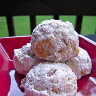 Cinnamon Snowballs