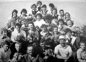 Photo: Выпускники 1963 года с учителями. Фото из альбома Тамары Насыровой