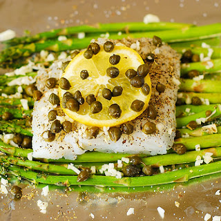 Baked Cod and Asparagus in Garlic Lemon Caper Sauce in Foil