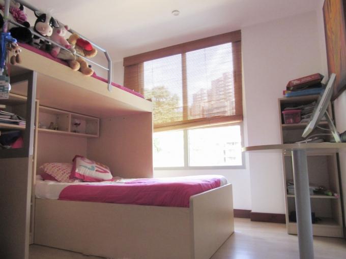 apartamento en arriendo poblado 585-23103