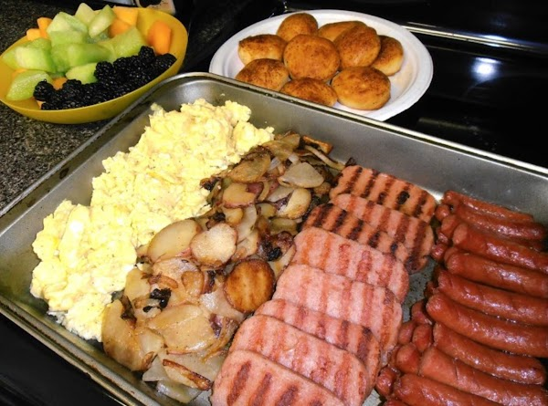 serve this quick and easy breakfast your family overnighters...
