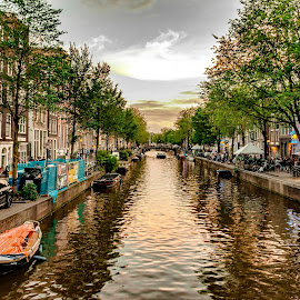 Amsterdam at dusk, July 2017 by Hariharan Venkatakrishnan - City,  Street & Park  Vistas