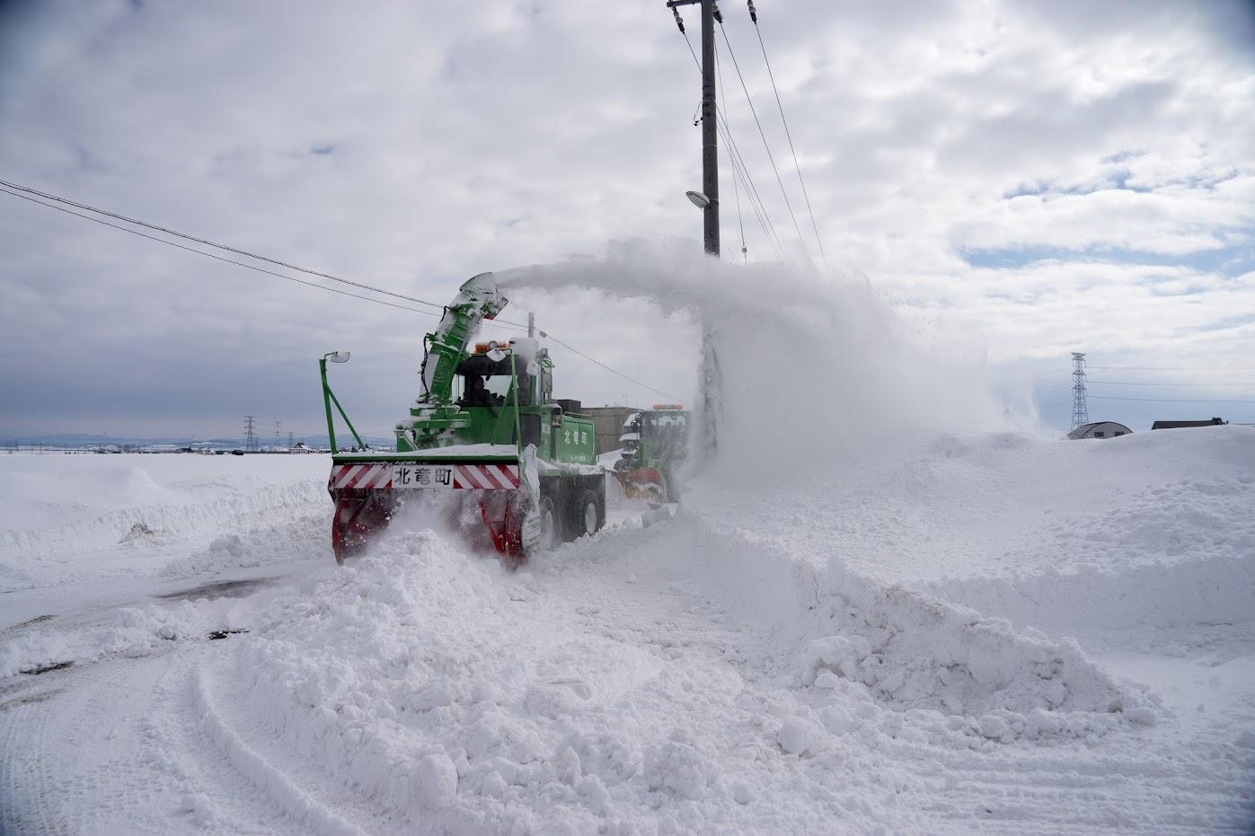 ロータリ除雪車